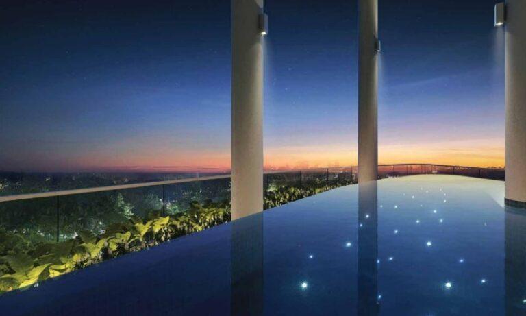 Enjoy Swimming at the Lavish Infinity Pool